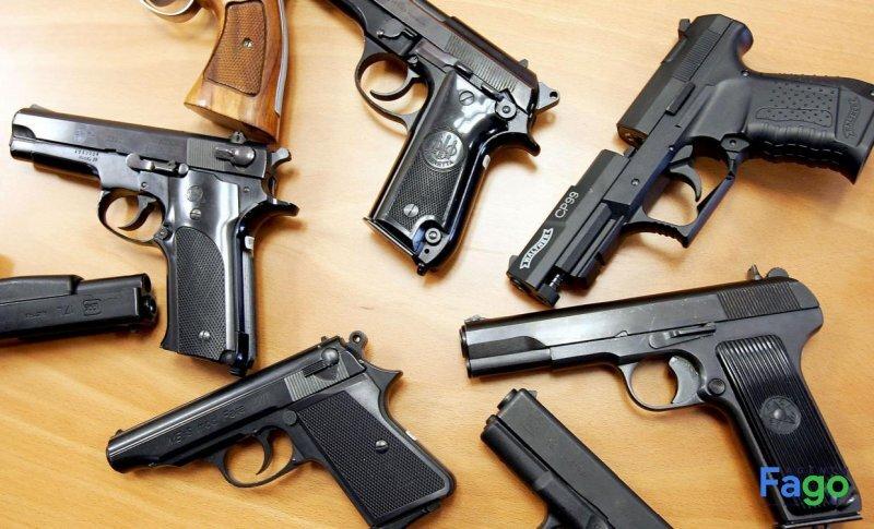 Quảng cáo về vũ khí bị Google cấm tuyệt đối
